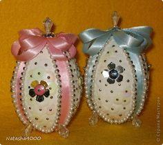 Поделка изделие Пасха Мозаика Пасхальные яйца Гвоздика Бисер Бусины Ленты Пайетки Пенопласт фото 1: