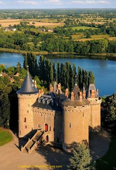 Château de Combourg,  Ille-et-Vilaine, Brittany, France...    www.castlesandmanorhouses.com    ...   Privately owned, the Château de Combourg stands on a small hill next to Lac Tranquille in the town of Comburg. The original castle here was built around 1025 by Archbishop Guinguené, who gave it to his illegitimate brother Riwallon. Alterations were made between the 15th and 19th centuries.