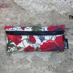 """Small case """"Red poppies"""" Express your personal style! Small carrying cases for kids and adults! Whatever may your style be, vintage or romantic, cute or crazy, this unique case is available in a set of eleven exciting designs and becomes an essential accessory for all!"""