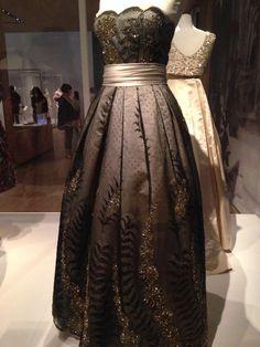 bildergebnis für mode der fontana schwestern aus italien  modemuseum  mode kleider und abendkleid