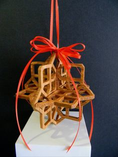 Just Me!: Ornaments in 3D - Scroll Saw