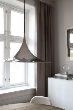 Gubi Semi lamp chrome, photo and styling by Elisabeth Heier