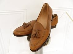 http://chicerman.com putthison: eBay Roundup Is prep dead? Cause all I want to wear this spring is tassel loafers like these from the now-defunct label Sulka. Pair them with some beige trousers a light checked sport coat and a blue cotton-linen shirt (good for breathability while keeping the wrinkles down). No tie for a more relaxed vibe. To dig up more menswear auctions try using our customized search links. Weve made them so that you can easily hone-in on high-end suits good suits…