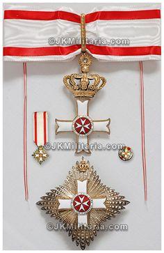 Breast Star, Miniature, Rosette and Cross of a Grand Officer of the Order pro Merito Melitensi (Civil Class). #OrderofMalta #SMOM #proMeritoMelitensi