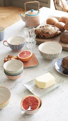 Dust off your apron and serve up brunch on this Fika Rectangular Tray.