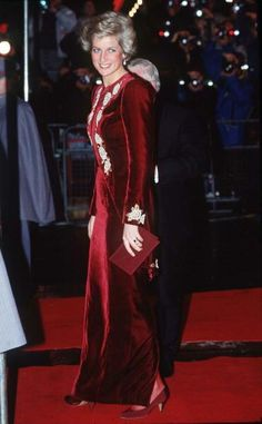 "February 7, 1990: Princess Diana attends the Premiere Of The Film ""Steel Magnolias"" at the The Odeon Leicester Square London in aid Of The Princes' Trust Charity."