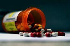 Arbeitsrecht und Doping: Was droht beim Konsum legaler Drogen im Büro?