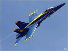 070421_blue_angels_crash_2.jpg (320×240)