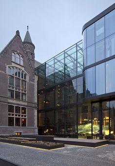 Un antiguo conservatorio de Ámsterdam reconvertido en hotel por Piero Lissoni