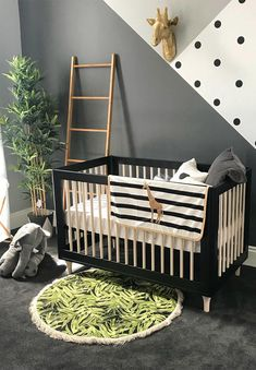 Nursery Decorating Ideas – Baby Room Design For Chic Parent incredible ! kids adore animals and that is why animal themed nursery dcor works for children and parents. acquire inspired, check our animal themed decors ideas. Baby Boy Rooms, Baby Boy Nurseries, Baby Room Themes, Baby Room Grey, Black Crib Nursery, Polka Dot Nursery, Black White Nursery, Baby Room Colors, Room Baby