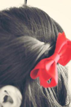 my hair bow pin (: