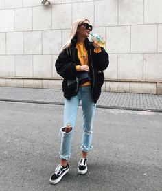 Fall Street Style Outfits to Inspire, street style / Fashion Week street style , Street Style Fashion Week, Street Style Outfits, Autumn Street Style, Look Fashion, Winter Fashion, Fashion Outfits, Fashion Check, Summer Street, Urban Street Style