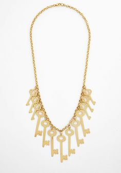 Unlock the Look Necklace.  #gold #modcloth