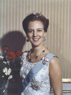 Greek Royalty, Danish Royalty, Kingdom Of Denmark, Queen Margrethe Ii, Royal Tiaras, Danish Royal Family, Royal Jewelry, Royal House, Celebrities
