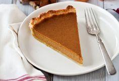 Old Fashioned Thanksgiving Recipes Drunken Pumpkin Bourbon Tart Recipe Vegetarian Thanksgiving, Thanksgiving Desserts, Tart Recipes, Dessert Recipes, Pumpkin Tarts, Sweet Tooth, Sweet Treats, Bourbon, Baking