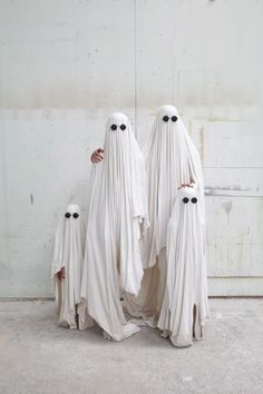 Simplicity at its finest. - The Cutest Family Halloween Costumes On Pinterest - Photos
