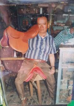 El maestro de está gran labor. Don Plinio Ortiz  #Talabartería #Cuero #silla #Galápago #caballo #Arte #Vaquería #leather #Saddle #Saddlery #Horse #HorseRiding #art #TBT