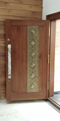 House Main Door Design, Wooden Front Door Design, Home Door Design, Main Entrance Door Design, Home Entrance Decor, Door Gate Design, Door Design Interior, Door Design Images, Porte Design