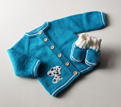 Very cute baby set (jacket + hat + booties) with Dalmatian puppy design. This set is soft and warm. Perfect for spring/autumn season even more for cold summer days and for newborn (early days). Material : High quality soft 100% merino wool and felt fox applique Care: Handwash Every item from Tutto is HAND knit and MADE TO ORDER. You can choose the colors, size and design as you wish. You can select other size (!!! PRICE CHANGES, so asking me for it !!! ) _____________________________...