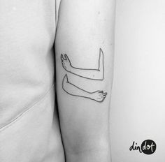 ideas for line art tattoo hug tattoos ideas for line art tattoo hug Mini Tattoos, Dot Tattoos, Line Art Tattoos, Kunst Tattoos, Body Art Tattoos, Small Tattoos, Tattoo Art, Tatoos, Weird Tattoos