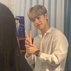 Geum Jan Di, Good Morning Happy Friday, Ulzzang Boy, Kpop Boy, Mai Tai, Sehun, Pretty People, Boy Groups, Girl Group