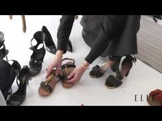Se mine sko | Kom med backstage hos Charlotte Lynggaard | ELLE