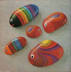 poissons  peint sur galet / painted stones