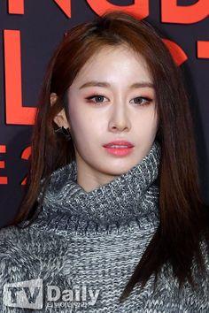 Lee dong gun dan jiyeon t-ara sexy love
