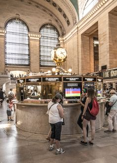 Information Booth at Grand Central Terminal, Manhattan, NYC (08/24/2016)
