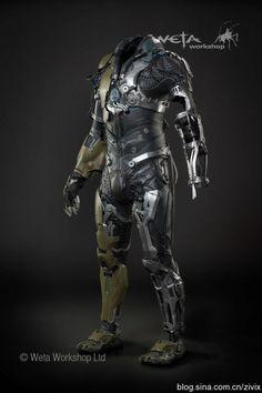 Weta在 神奇蜘蛛侠2 中为绿恶魔制作的外骨骼盔甲电影道具