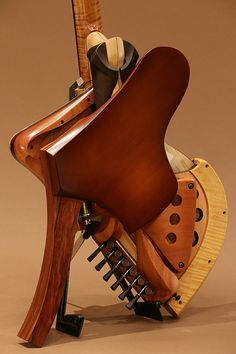 Michihiro Matsuda Guitars[ミチヒロ・マツダギターズ] Matsuda headless arched top acoustic electric guitar|詳細写真