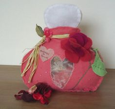 Rose pink felt pot pourri containerperfume bottle by fraline, €16.50