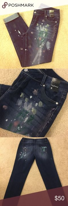 """NY& Co Painted Cropped Denim Latest trend!  Painted Denim!    New York and Co painted dark denim boyfriend cut jeans.   Size 6 women's.  35.5"""" from waist to cuff. New York & Company Jeans Boyfriend"""