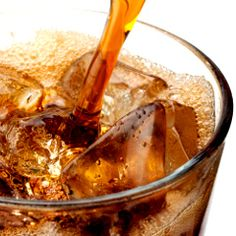 Les sodas sucrés diminuent la réaction au stress mais pas ceux à l'aspartame   PsychoMédia