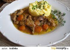 Nudličky na tymiánu v máslové šťávě recept - TopRecepty.cz Thai Red Curry, Beef, Ethnic Recipes, Food, Meat, Essen, Meals, Yemek, Eten