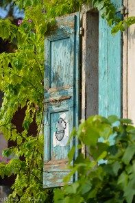 Picturesque window in Limone at Lake Garda, Italy