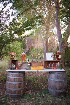 wine barrel drink station #rustic #weddingdecor #drinkup