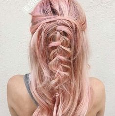 33 Gorgeous & Trendy Rose Pink Hairstyles