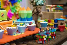 Festa Brinquedos do Noah Birthday Candles, Birthday Cake, Birthday Parties, Festa Toy Story, Toys, Party, Bernardo, Art Party, Toddler Boy Birthday