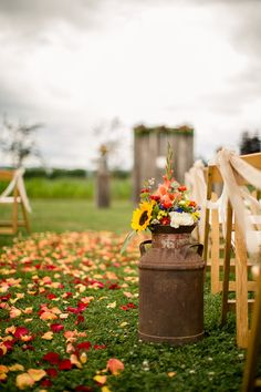 Wildflowers in vintage milk cans as rustic wedding ceremony decor {Genesa Richar. Wildflowers in vintage milk cans as rustic wedding ceremony decor {Genesa Richards Photography}. Wedding Ceremony Ideas, Wedding Ceremony Decorations, Wedding Ceremonies, Outdoor Wedding Lights, Wedding Reception, Reception Ideas, Autumn Wedding, Farm Wedding, Dream Wedding
