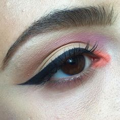 Yesterday I finished my last exam but of course my body decided to catch a cold now but there's no stopping me from makeup lol @nyxcosmetics ultimate brights palette @toofaced chocolate bar palette @maybelline gel liner #mua #makeup #makeupartist #editorial #editorialmakeup #eye #eyebrows #eyeshadow #wingedeyeliner #nyx #colorful #potd #berlin #featuremuas