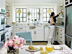 Love this cottage kitchen