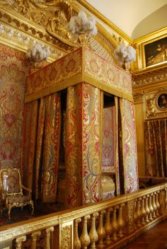 La chambre du roi (king's bedroom), Versailles. You should visit it on a sunny day: the gold GLOWS.