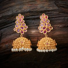 Beautiful flower motif and pearl at bottom www.shopzters.com