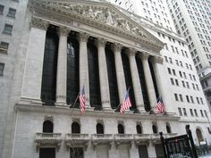 things to do in new york, wall street, pictures of wall street, new york stock exchange