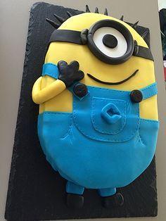 Jam Cookies, Cookies And Cream, Minion Torte, Minion Cakes, Minion Birthday, 5th Birthday, Cake Decorating Tips, Sweet Cakes, Creative Cakes