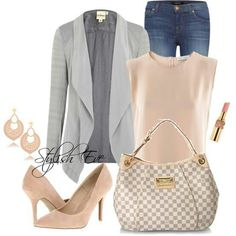 Casual outfit with blush coloured items to accent♡
