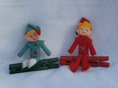 Vintage Japan Pixie Elves on Clothespins Red and Green.  Japan made.    Perfect for your Christmas tree elf infestation.