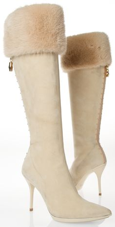 Gucci Boots - Cream suede high heel boots with fur cuff Hot Shoes, Women's Shoes, Me Too Shoes, Heeled Boots, Bootie Boots, Ankle Boots, Bobbies Shoes, Talons Sexy, Sexy Stiefel
