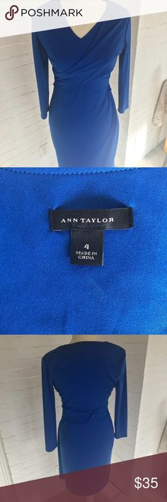 Ann Taylor Vibrant Cobalt Dress 4 NWOT This gorgeous Ann Taylor dress is a rich shade of cobalt. This is a super versatile piece that can pair with a blazer and pumps for the office or a statement necklace for date night! V-neck, flattering crossover detail. Lined. Thicker fabric with nice stretch. Size 4. Smoke free pet free home. Ann Taylor Dresses